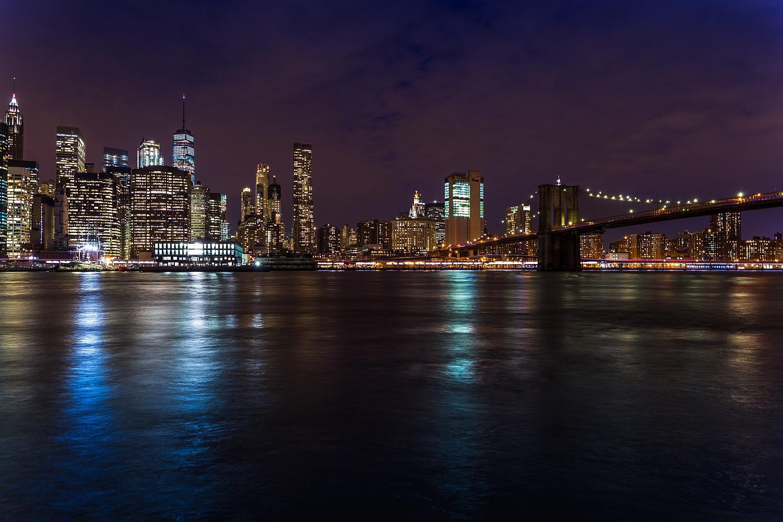 skyline of new york with brooklyn bridge